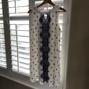 White Sleeveless Patterned Dress
